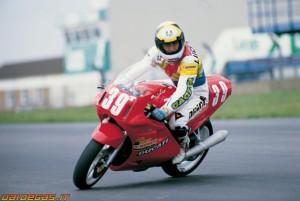 Marco Lucchinelli con la Ducati Superbike a fine Anni 80