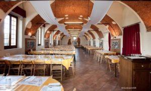 Sagra degli Asparagi la sala ristorante di Palazzo Archinti