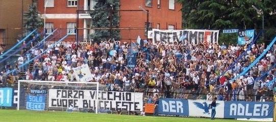 Calcio Lecco, la curca dei tifosi blucelesti