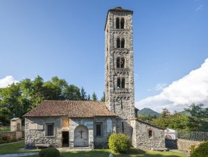 chiesa-dei-santi-cosima-e-damiano-rezzago