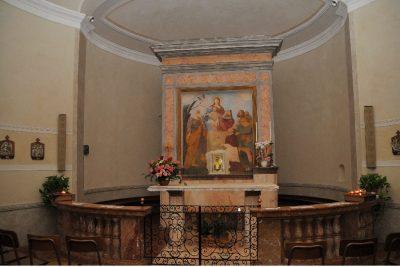 Dosso di Velate altare chiesetta della Madonna del Carmine