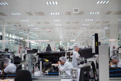 Fasi produttive nello stabilimento Leica di Wetzlar - Germania - courtesy of Leica