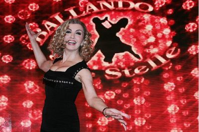 Milly Carlucci, ballando on the road