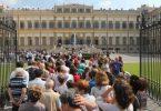 Villa Reale Monza turisti in fila
