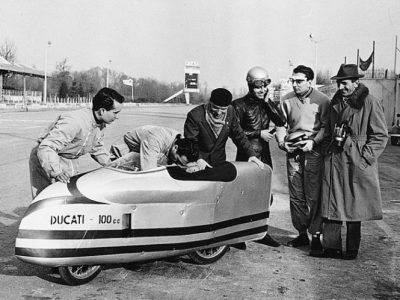 Ducati 100 Siluro Monza box 1956