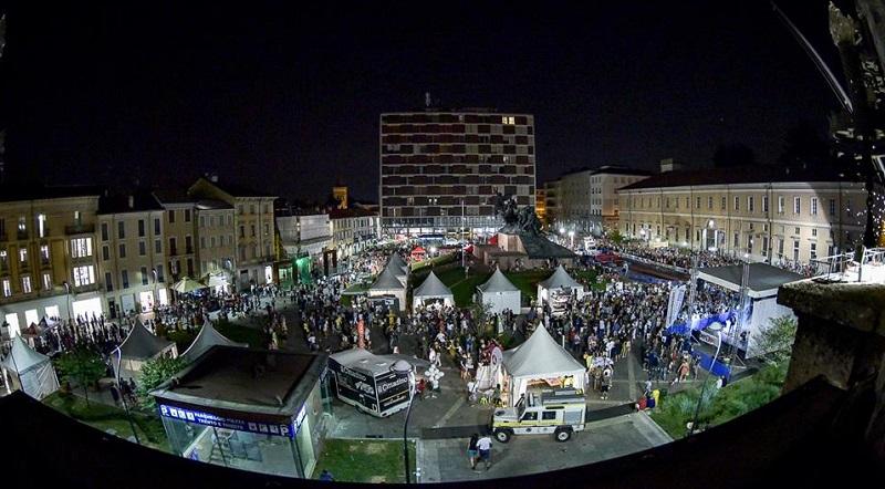 MonzaGp panoramica piazza