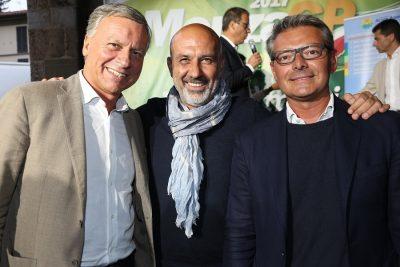 Il Sindaco di Amatrice Sergio Pirozzi (al centro) in compagnia del collega monzese Dario Allevi e del Presidente di BrianzAcque Boerci (a destra)